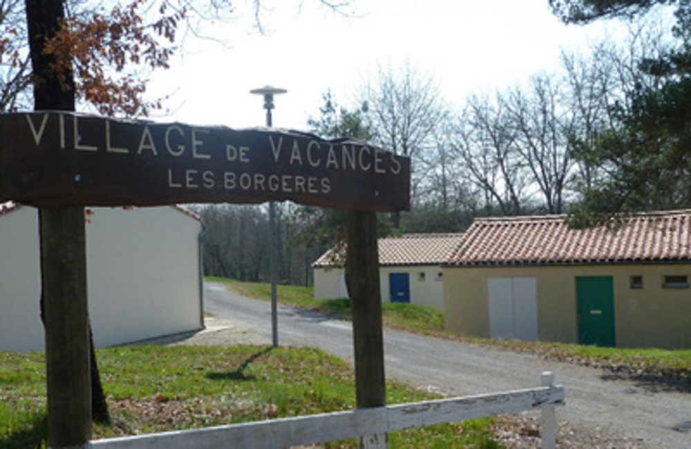 villagevacancesentree.jpg